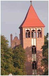 Dzwonnica kościoła Św. Mikołaja wPapowie
